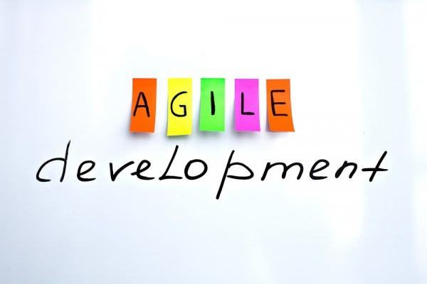 What is Agile? What is Scrum? Some Agile project management tools you should know.